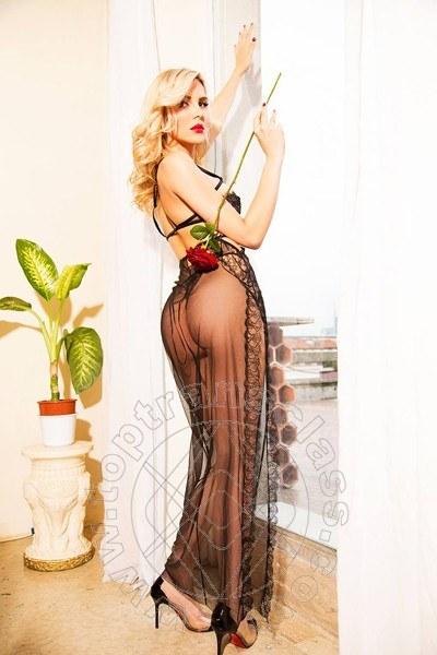 Lavinia Carrington  VILLA ROSA 3313057517
